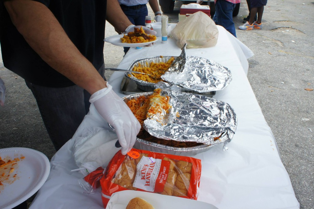 Gallery: Feed the Homeless – May 2015